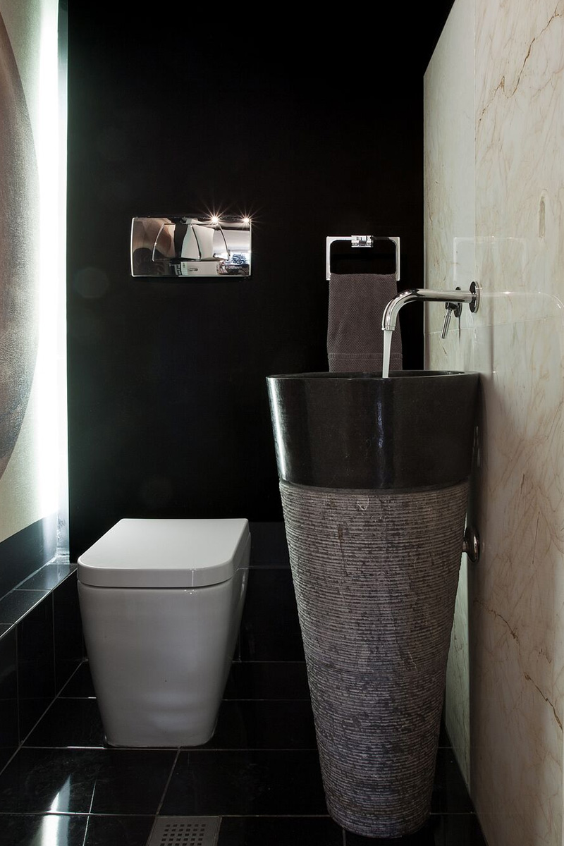 Lavatory design - The Smart Casual Apartment