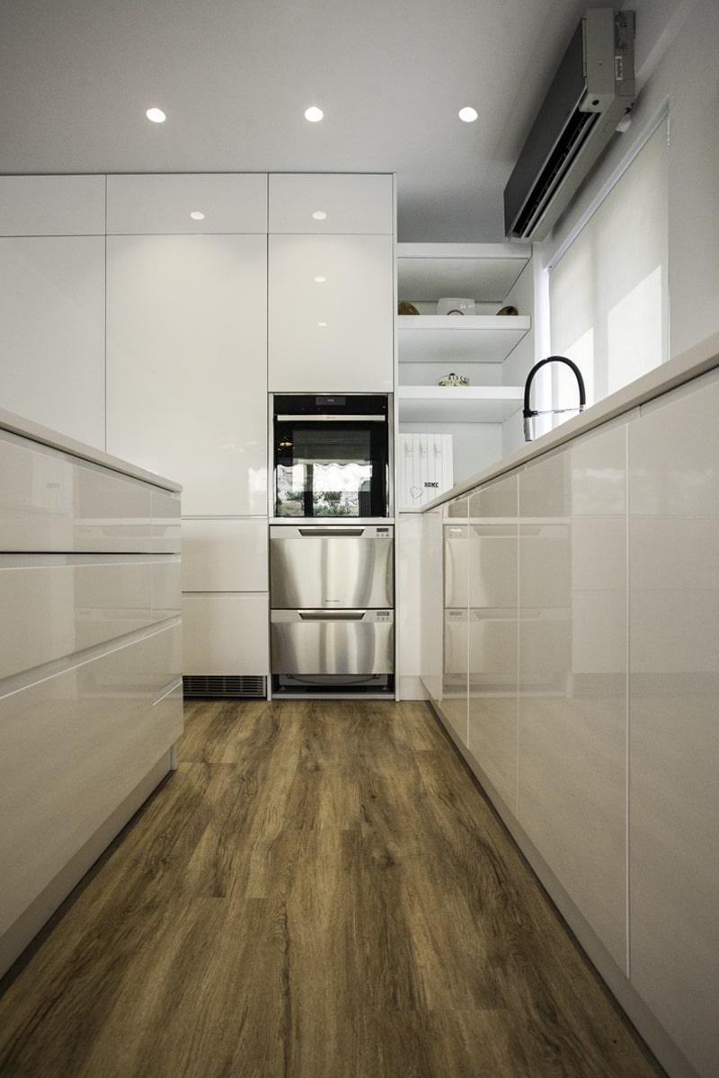 Modern kitchen design - the gem apartment